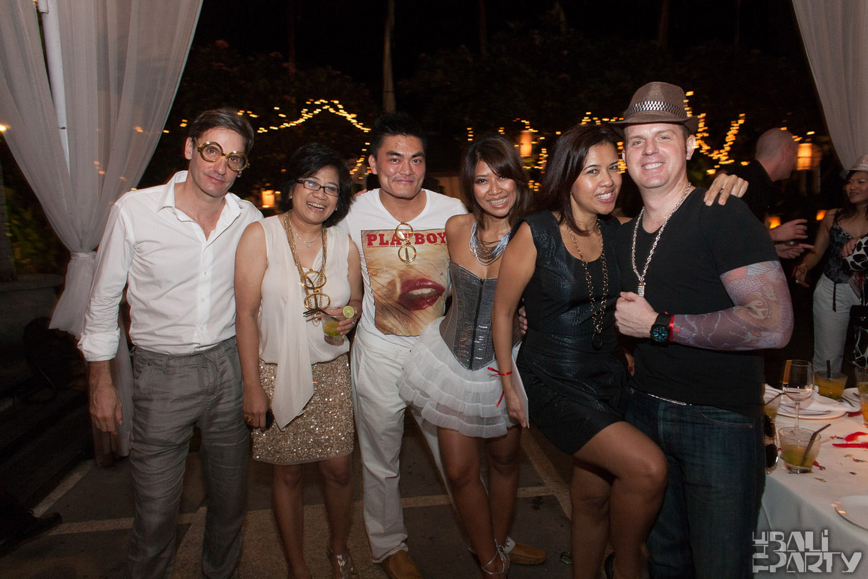 Birthday Party at Hu'u Bar 2011-09-24_020