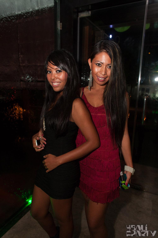 Layo&Bushwacka at Mint 11-11-04_003
