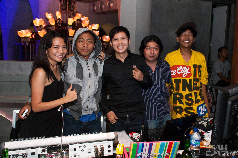 021_W Bali Opening 2011-07-03