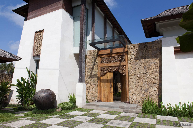 01_Swarapadi Villa