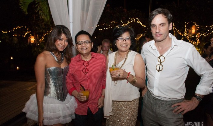 Birthday Party at Hu'u Bar 2011-09-24_013