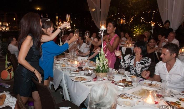 Birthday Party at Hu'u Bar 2011-09-24_053