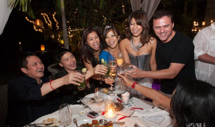 Birthday Party at Hu'u Bar 2011-09-24_055