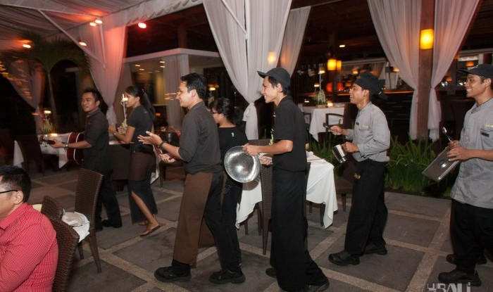 Birthday Party at Hu'u Bar 2011-09-24_062