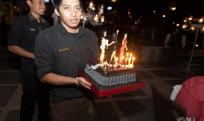 Birthday Party at Hu'u Bar 2011-09-24_063