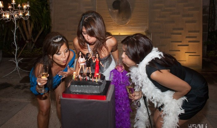 Birthday Party at Hu'u Bar 2011-09-24_070