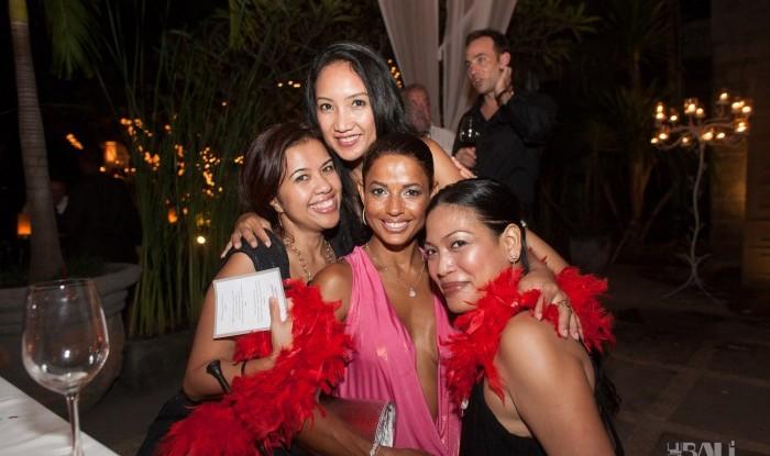 Birthday Party at Hu'u Bar 2011-09-24_083