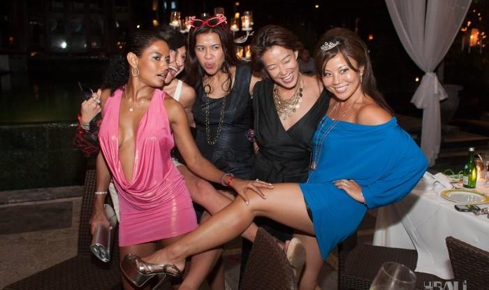 Birthday Party at Hu'u Bar 2011-09-24_085