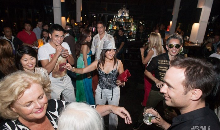 Birthday Party at Hu'u Bar 2011-09-24_097