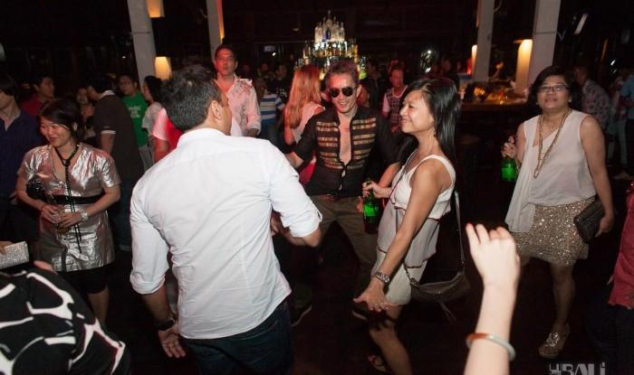 Birthday Party at Hu'u Bar 2011-09-24_098