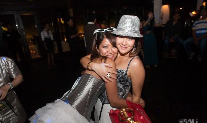Birthday Party at Hu'u Bar 2011-09-24_100