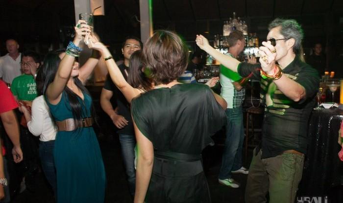 Birthday Party at Hu'u Bar 2011-09-24_102