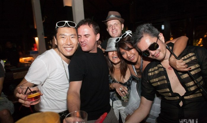 Birthday Party at Hu'u Bar 2011-09-24_109
