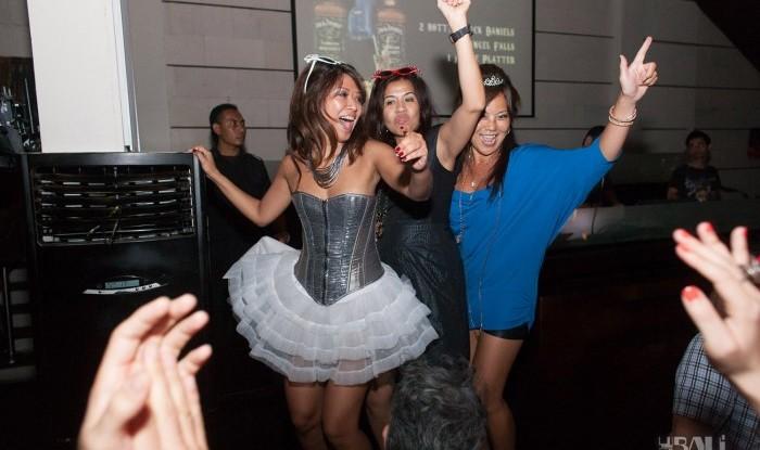 Birthday Party at Hu'u Bar 2011-09-24_115