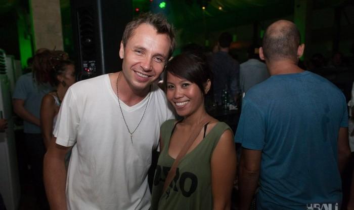 Layo&Bushwacka at Mint 11-11-04_122