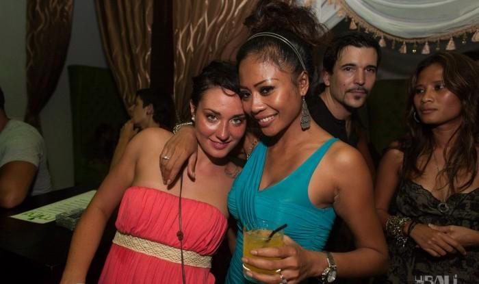 Layo&Bushwacka at Mint 11-11-04_138