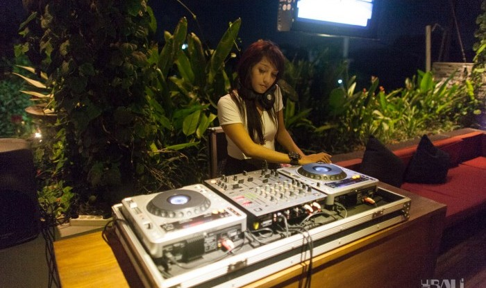 Siti's Birthday at Vivai 2011-12-08_11