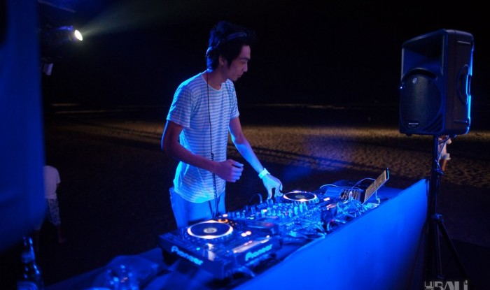 Cocoon Beach Opening 2011-06-25 #206