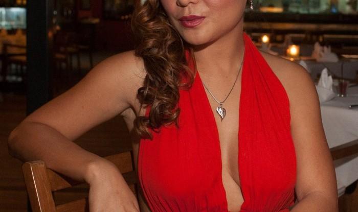 Siti's Birthday at Vivai 2011-12-08_01