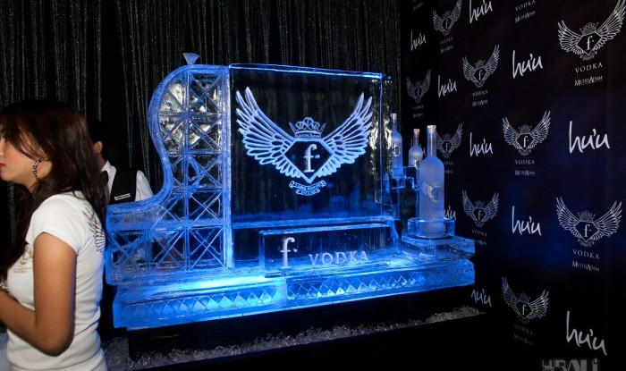 Fashion TV Blue Glue Bikini Fashion Show @Hu'u Bar 2011-08-12
