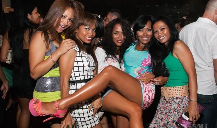 065_Fashion TV Blue Glue Bikini Fashion Show @Hu'u Bar 2011-08-12